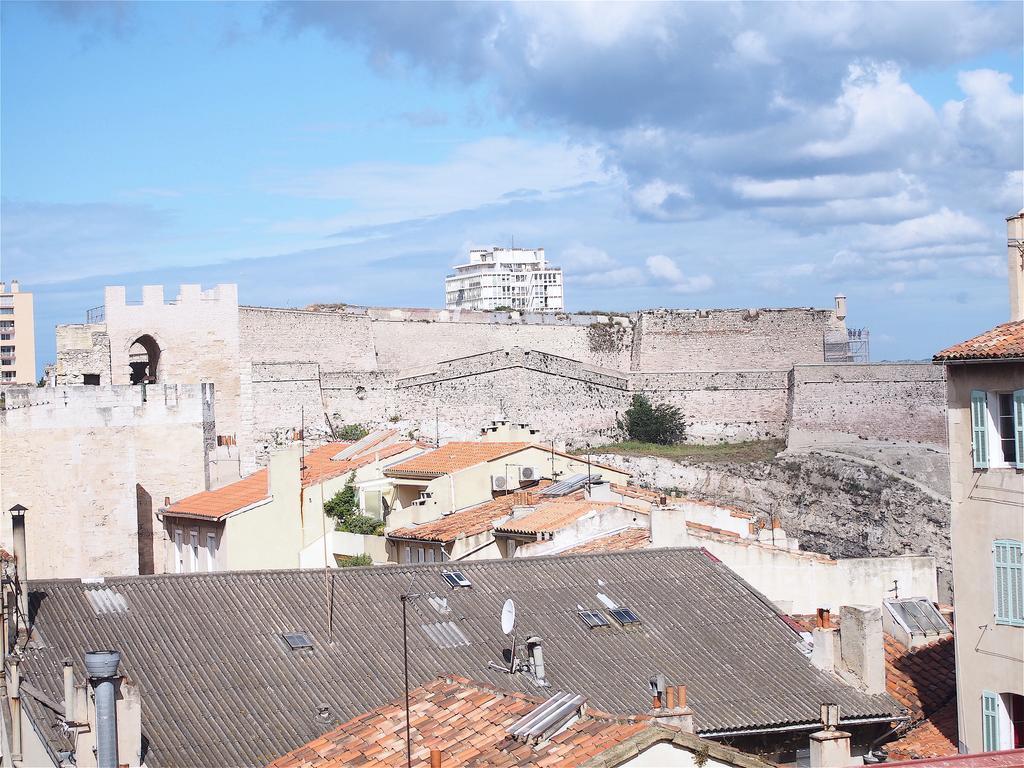 Appartement st victor marseille for Marseille appartement
